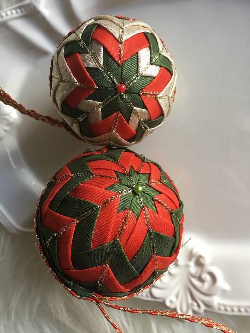 c917d75c2 Vianočné gule - falošný patchwork (červená, zelená) / silvi.k ...