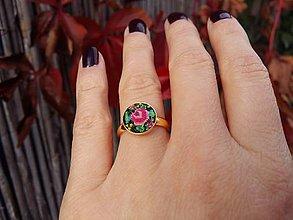 Prstene - 24 k žltým zlatom pozlátený strieborný Ag 925 prsteň s výšivkou - 10028189_