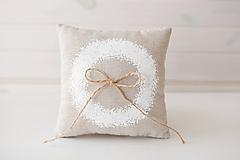 Prstene - Svadobný vankúšik biely maľovaný venček - 10026644_