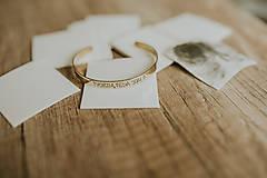 Drobnosti - Handrička na mosadzné náramky - 10030110_
