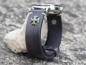 Náramky - Čierny kožený remienok 22mm, keltský kríž - 10032155_