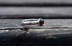 Granát prsteň Ag 925/1000