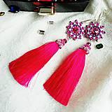 Ružové strapcové náušnice