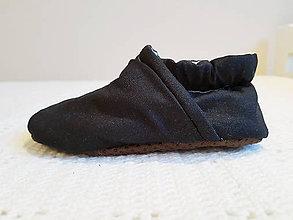 Topánočky - Jednoduché čierne capačky - 10030923_