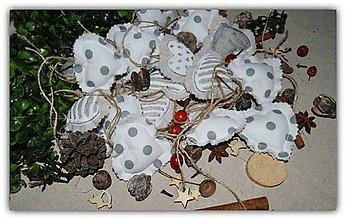 Dekorácie - Biele vianoce - ozdoba na stromček - 10034752_