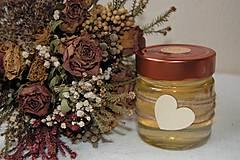 Svietidlá a sviečky - Sviečka z včelieho vosku v sklenenom pohári (so srdiečkom) - 10035535_