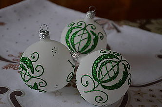 Dekorácie - Bielo -zelené vianoce na chalupe - 10037399_