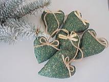 Dekorácie - Vianočné ozdoby-srdiečka na stromček - 10036568_