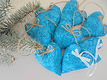 Dekorácie - Vianočné ozdoby-tyrkysové srdiečka.... (Tyrkysová) - 10037667_