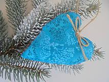 Dekorácie - Vianočné ozdoby-tyrkysové srdiečka.... (Tyrkysová) - 10037688_