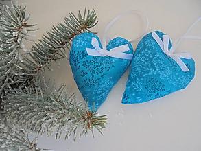Dekorácie - Vianočné ozdoby-tyrkysové srdiečka.... (Tyrkysová) - 10037697_