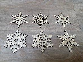 Dekorácie - Drevená vianočná ozdoba - 10043873_