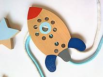Hračky - Drevená raketa - prevliekacia hračka - 10041089_