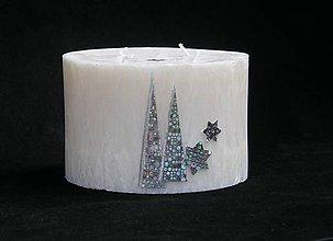 Svietidlá a sviečky - Vánoční XL - 4-knotová svíčka zlatá dekorace (Strieborná) - 10040294_