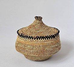 Krabičky - Kožený pletený košík - 10047518_
