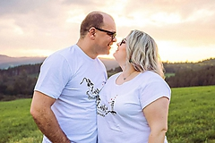 Tričká - Láska hory prenáša - zaľúbená sada tričiek pre pár - 10048615_