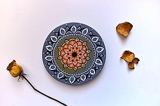 Kresby - Mandala na zafarbenom dreve (autumn) - 10047060_