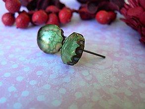 Náušnice - Puzety zelenkavé 10 mm - 10048633_