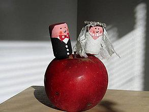Dekorácie - Pán a pani Jabĺčkovci - 10051942_