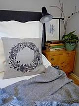 Úžitkový textil - Ľanový vankúš - ručne maľovaná perokresba - 10051002_