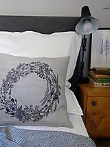 Úžitkový textil - Ľanový vankúš - ručne maľovaná perokresba - 10051012_