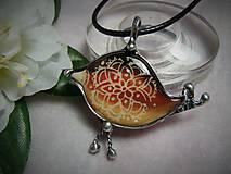 Náhrdelníky - keramika ..vtáčik.. - 10049032_