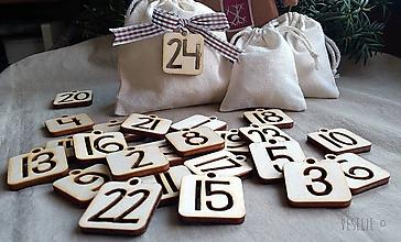 Dekorácie - Čísla na adventný kalendár . štvorčeky - 10056318_