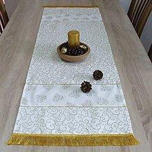 Úžitkový textil - Zlaté srdiečka a ornamenty na smotanovej(1) - vianočný obdĺžnik 115x40 - 10056892_