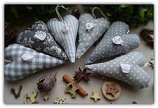 Dekorácie - Vianočné ozdoby - vidiecke vianoce - srdiečko na stromček 6ks - 10058679_