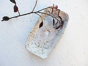 Nádoby - Keramická mydelnička piesková so štvorlístkom - 10060392_