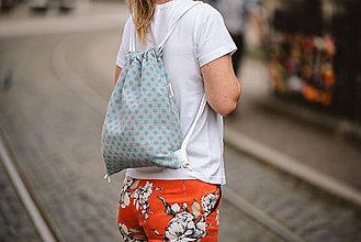 Batohy - Usmej sa na mňa: Trendový batoh (Zelené hviezdičky) - 10061332_