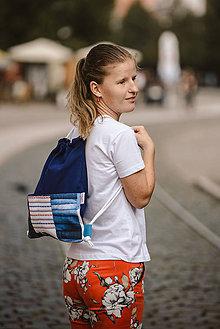 Batohy - Usmej sa na mňa: Trendový batoh (Modrá elegancia) - 10061346_