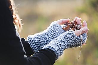 Rukavice - Bledo-šedé bezprstové rukavice - 10058003_