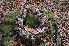 Dekorácie - Šiškový venček s líškou - 10060721_