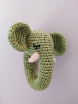 Sloník hrkálka