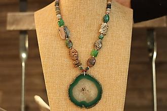 Náhrdelníky - Mohutný náhrdelník z minerálov achát - 10059924_