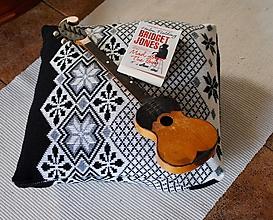 Úžitkový textil - Vlnený čiernobiely na zimu - 10060052_
