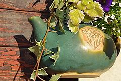 Nádoby - Kameninový kvetináč zelený, medienkový, čajník, závesný :o)). - 10062755_