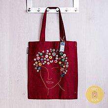 Nákupné tašky - Claudianum: Vyšívaná nákupná taška Tvár (Bordová) - 10065022_