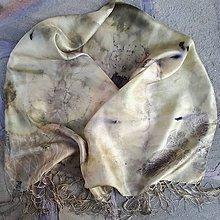 Šály - Zeleň -hodvábny ecoprint šál - 10065299_