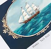 Nábytok - Maľovaná truhlica s plachetnicou a mapou - 10063312_