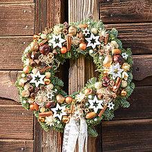 Dekorácie - Prírodný vianočný venček z jedličky - 10065497_