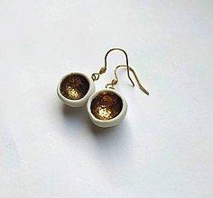 Náušnice - Porcelánové náušnice - zlaté mištičky - 10063042_