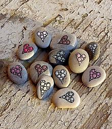 Drobnosti - Oslnená láska - Na kameni maľované - 10064690_