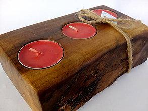 Svietidlá a sviečky - Drevený svietnik orech - 10064664_