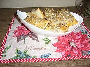 Úžitkový textil - Prestieranie Vianočná ruža 28x25 - 10064247_