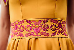 Šaty - Horčicové dlhé šaty  - 10066689_