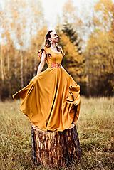 Šaty - Horčicové dlhé šaty  - 10066694_