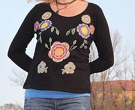 Tričká - Kvetinkové hippies tričko ručne maľované - 10068072_