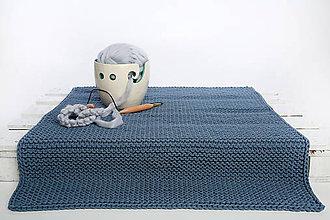 Úžitkový textil - Pletený koberec (Modrá denim) - 10073951_